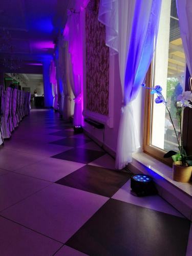 dj na wesele,dj na imprezę,dj wodzirej,dj konferansjer,dj na wesele Warszawa,dj mazowieckie,dekoracja światłem,taniec w chmurach